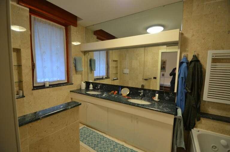 Villa singola in vendita a carimate chiocciola strada for Sala di piani quadrati a chiocciola