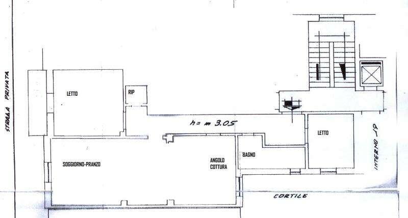 Appartamento quadrilocale in vendita a cosenza nord for Piani di due camere da letto a schiera
