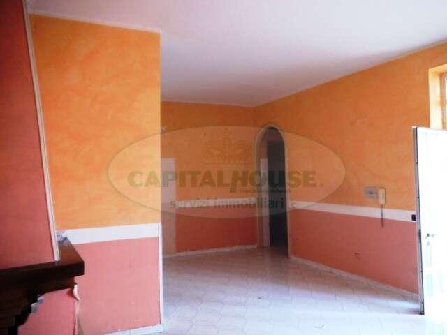 Appartamento trilocale in vendita a sirignano sirignano for Case kit cottage 2 camere da letto
