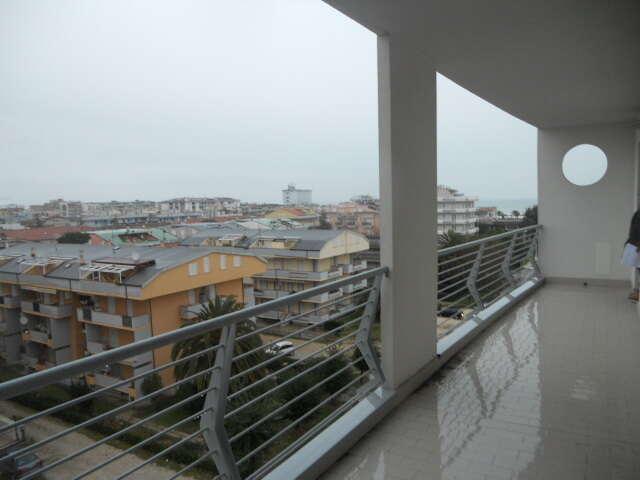 Appartamento quadrilocale in vendita a alba adriatica zona for Affitti della cabina della penisola olimpica