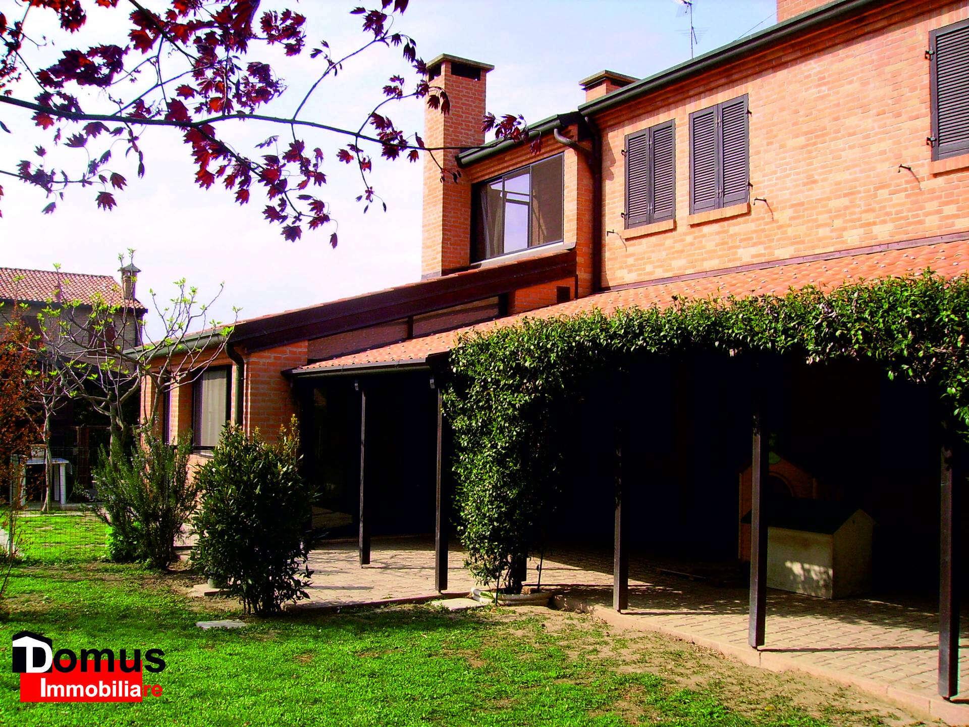 Villa a schiera in vendita a ferrara malborghetto via for Il miglior piano casa in vendita