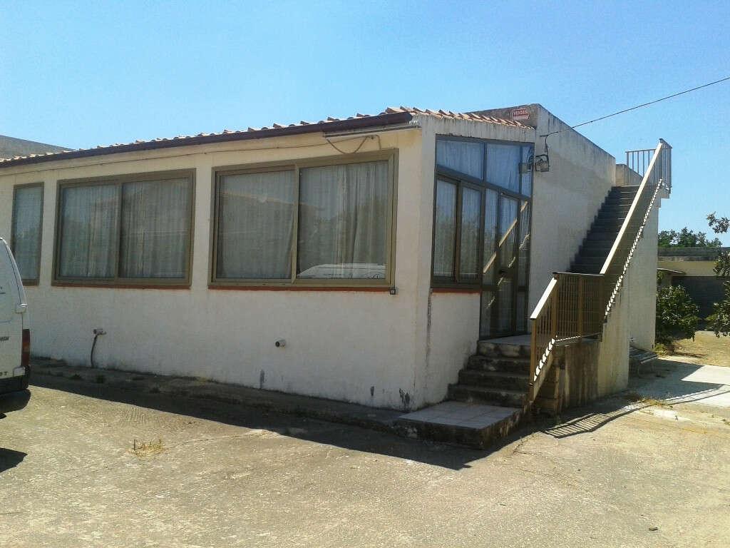 Casa indipendente in vendita a scicli contrada for Casa di 2 piani in vendita