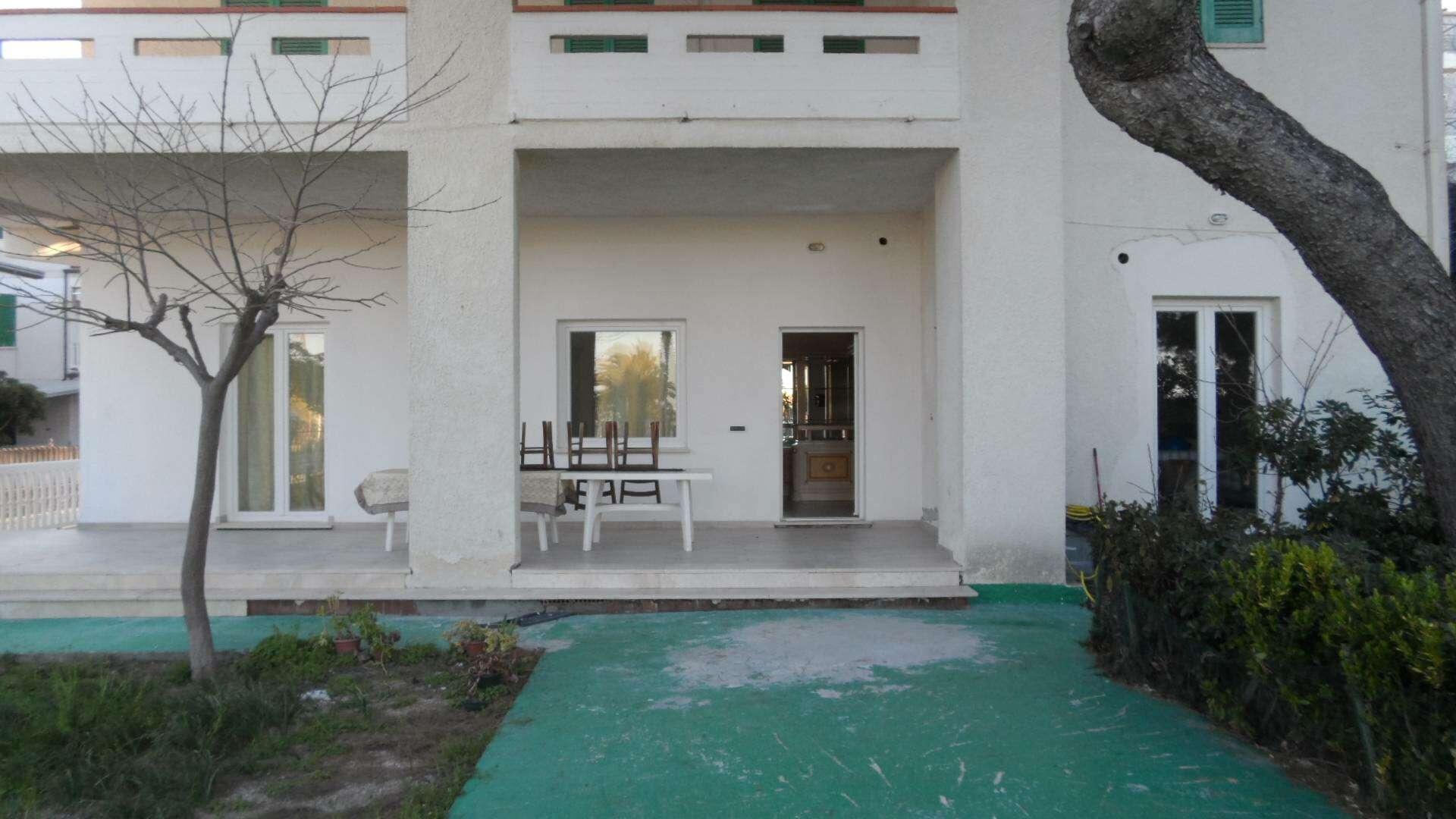 Appartamento in vendita a tortoreto zona mare lungomare for Casa vacanza piani lungomare