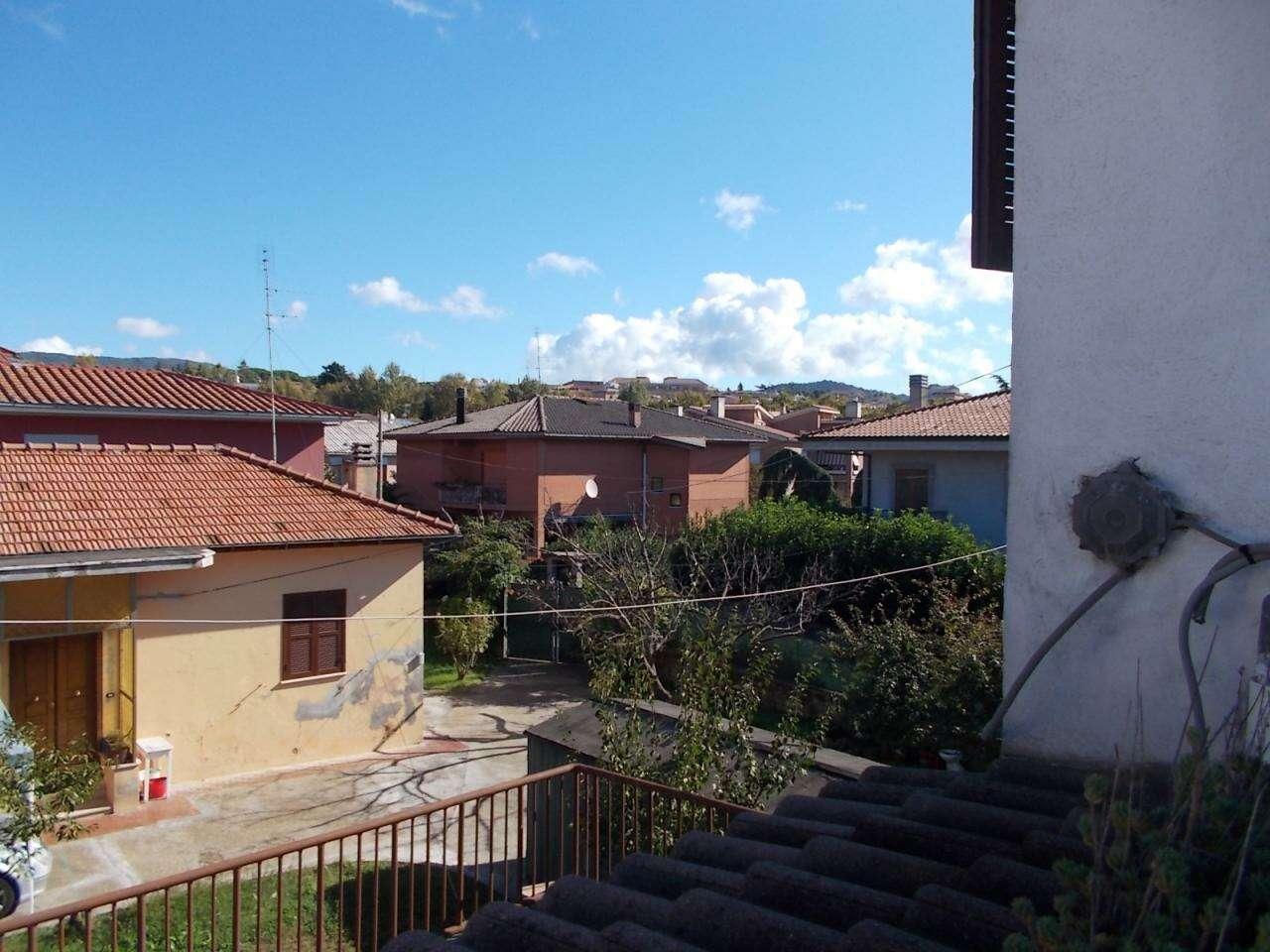 Appartamento in vendita a genzano di roma via achille for Grandi planimetrie dell appartamento