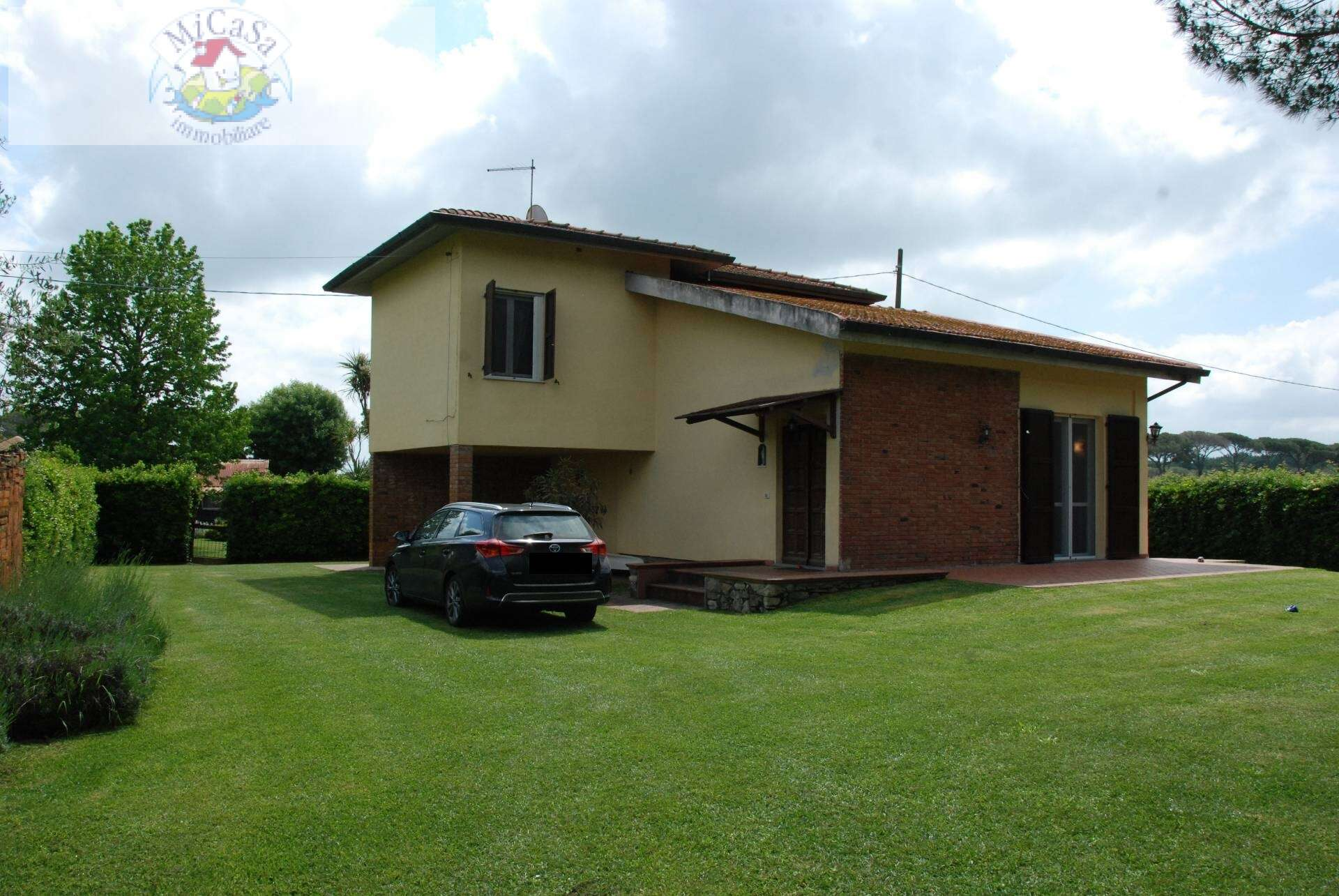 Villa singola in affitto a Pisa Via Aurelia. silenziosa ...