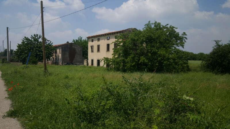 Rustico in vendita a Valeggio sul Mincio Via Casa ...